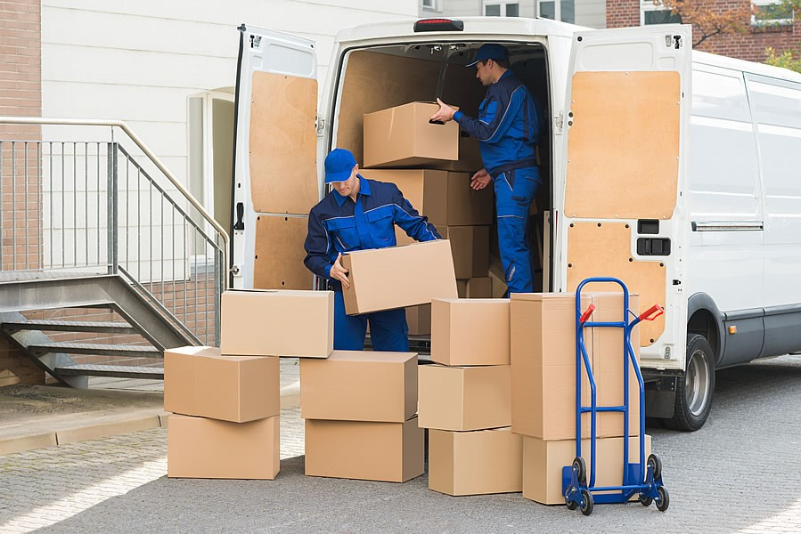 Learn What A Professional Has To Say About The Removal Companies