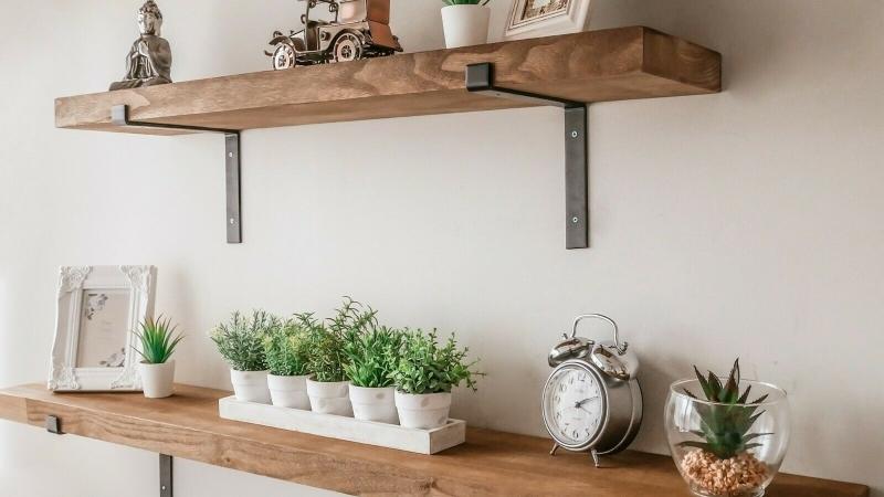Advantages Of Rustic Floating Shelf