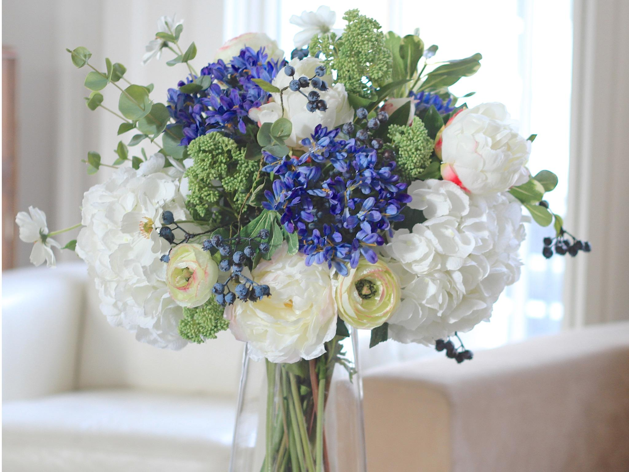 Hydrangeas Artificial With Vase – What Every Person Should Look Into